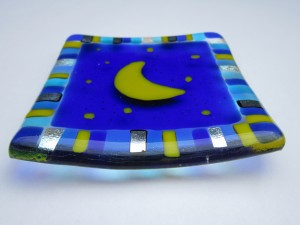 small decrative dish with moon design