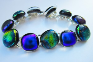 bracelet with dichroic glass cabochons