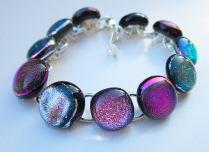 bracelet with dichroic cabochons